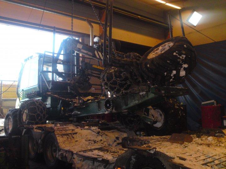 Trasig traktor